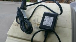 Genuine MEDELA AC power adapter Rev. P pump in style advance